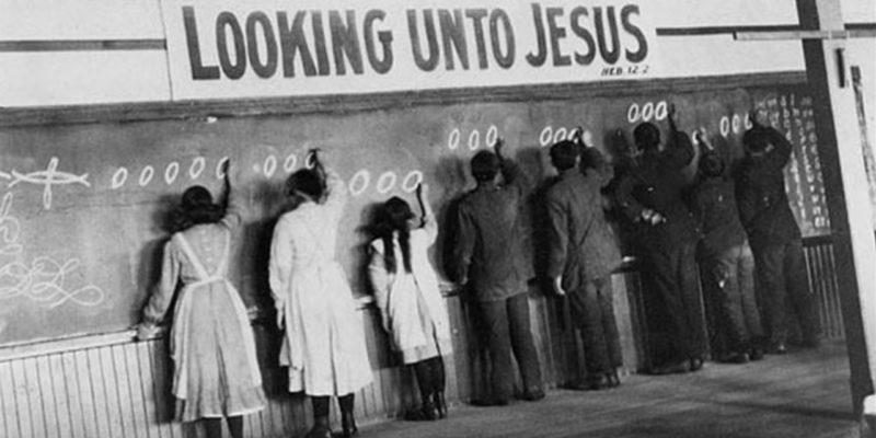 Un pensionnat autochtone à Red Deer en Alberta au début du 20e siècle Photo: Archives de l'Église Unie du Canada